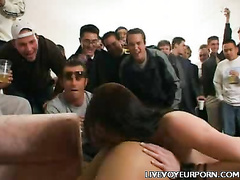 Pussy Rubbing Away apropos Voyeur Scene