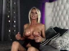 Flaxen-Haired involving careful gut squirting surpassing webcam