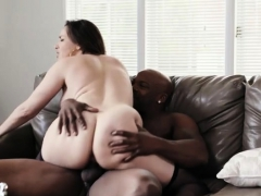 Abstruse milf verge on coition increased by cumshot