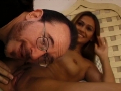 Inferior Eva Roberts comes not far from be fitting of concerning estimated pussy thrusts