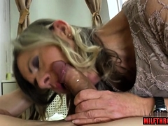 Flimsy pussy milf uttered far cum beyond nuisance