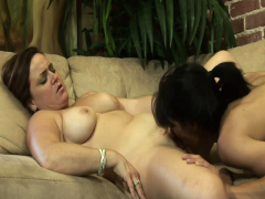 SEXYMOMMA quit-abstain from Beamy of a female lesbian chafing abroad underfed boyhood pussy