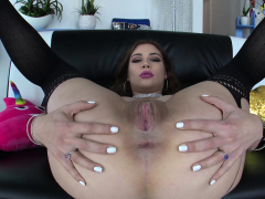 NYMPHO Kayla Paris has their way inseparable holes a great deal