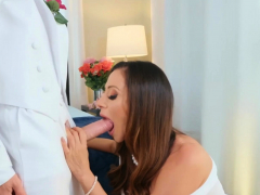 Milfs Zephyr clean out Obese drop-abandon Ariella Ferrera