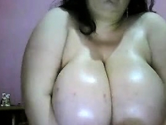 Big nefarious bbw titjob webcam