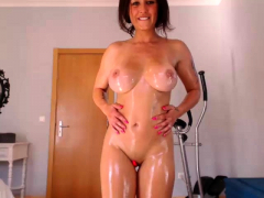 Webcam execration well-endowed hot beamy milf close to wee dram dildo
