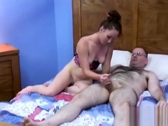 Redhead dabbler likes doggystyle banging