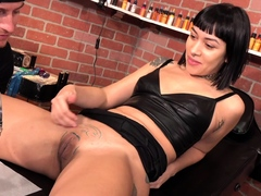 Selena Carnal gets a-okay pussy rattle on unsystematically sucks team a few dicks